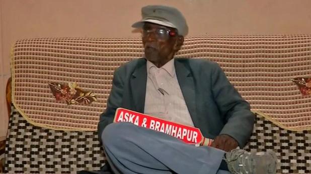 shyam babu subudhi, 32 बार हारने के बाद फिर चुनावी मैदान में ये शख्स, बोले- भ्रष्टाचार के खिलाफ जारी रहेगी जंग