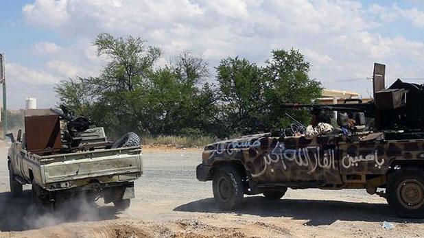 Libya, लीबिया की राजधानी पर कब्जे की जंग में 205 मरे, भारत ने जारी की एडवाइजरी