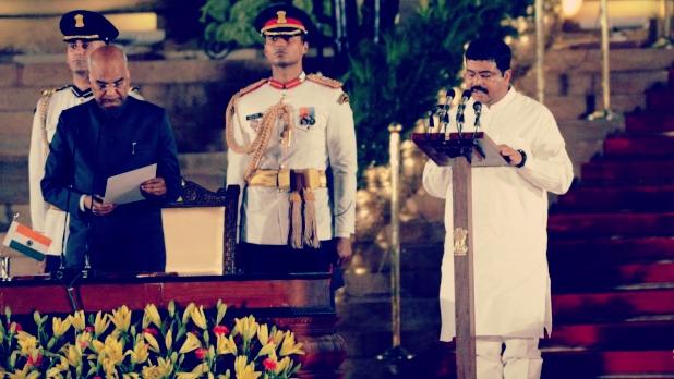 धर्मेंद्र प्रधान, स्टूडेंट लीडर से केंद्रीय मंत्री तक, जानिए कैसा रहा है धर्मेंद्र प्रधान का सफर