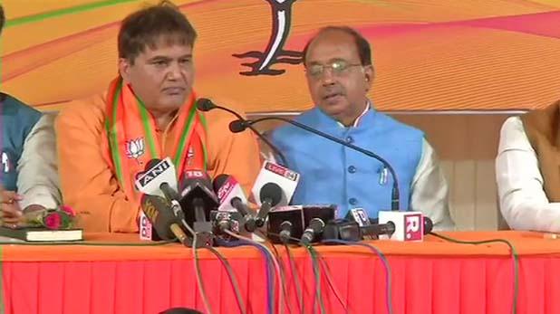 Devinder Singh Sehrawat, हफ्ते भर में AAP को फिर झटका, एक और विधायक ने जॉइन की BJP