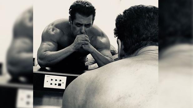 Salman Khan, 'भाई इज बैक', सलमान खान ने इंस्टाग्राम पर शेयर की शर्टलेस फोटो
