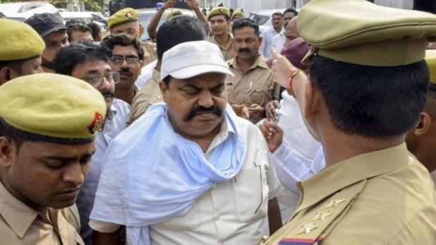 CBI registers case against Ateeq Ahmed, प्रॉपर्टी डीलर अपहरण मामले में अतीक़ अहमद पर अब CBI ने कसा शिकंजा