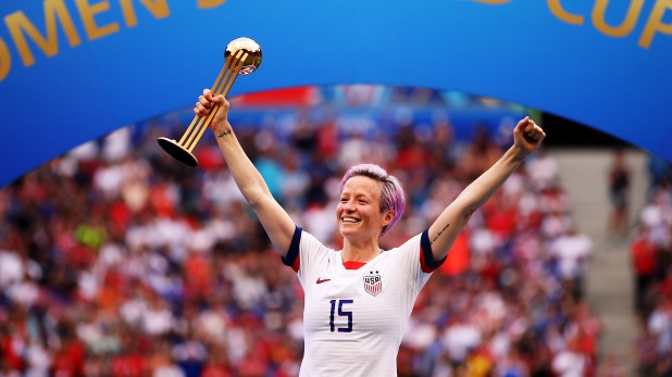Megan Rapinoe, megan rapinoe and trump, megan rapinoe instagram, megan rapinoe wife, megan rapinoe girlfriend, megan rapinoe donald trump, megan rapinoe net worth, megan rapinoe celebration
