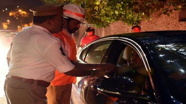 Motor Vehicle Act 2019 will impact drivers from September 1, शराब पीकर गाड़ी चलाई तो लगेगा 10 हजार रुपए का जुर्माना, जानिए ट्रैफिक के नए नियम