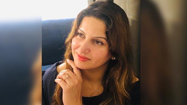 "Sonali Phogat, Exclusive Interview: सोनाली फोगाट बोलीं, ""खट्टर को सिखा दूंगी TikTok, सबके साथ  बनाऊंगी वीडियो"""