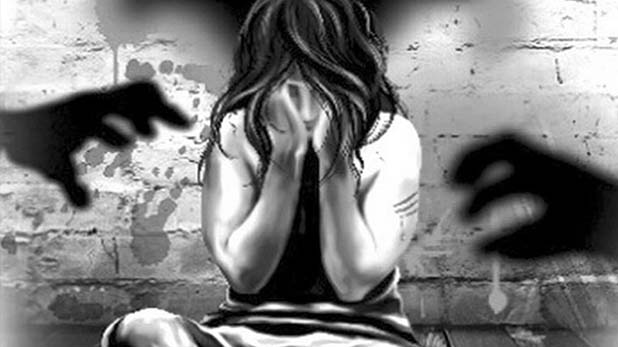 Hyderabad raped, हैदराबाद में मदद के बहाने एक और युवती से रेप, फिर स्टेशन के बाहर छोड़ गया आरोपी