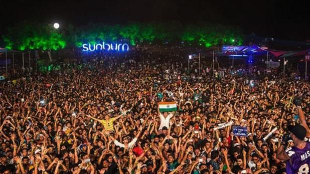 goa sunburn electronic dance festival, गोवा सनबर्न फेस्टिव में हुई तीसरी मौत, विपक्ष ने मांगा पर्यटन मंत्री से इस्तीफा