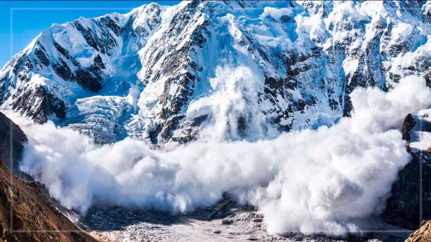 avalanche in Siachen, सियाचिन में हिमस्खलन की चपेट में आने के बाद सेना के 4 जवानों समेत 6 की हुई मौत