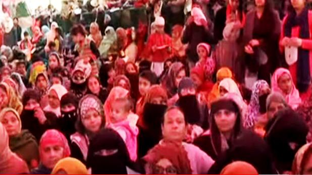 Shaheen Bagh women protesters, शाहीन बाग पहुंचा टीवी9 भारतवर्ष, लोग बोले- 'हजारों साल पुराना है हिंदू-मुस्लिम भाईचारा'