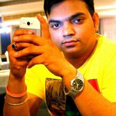 dcp amit sharma wife, दिल्ली हिंसा: पथराव में घायल हुए DCP अमित शर्मा की पत्नी बोलीं- घटना के बाद वे टूट चुके थे, जब भी उन्हें होश आया तो…