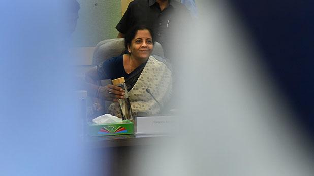 Budget 2020-21 India Nirmala Sitharaman Speech, गांव से शहर तक किसको क्या मिला, पढ़ें FM की जुबानी Budget 2020 की पूरी कहानी…पॉइंटर्स में