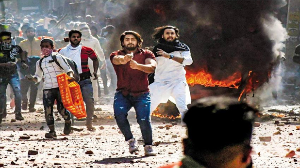 karkardooma Court denies bail to Tahir Hussain, दिल्ली दंगों में IB ऑफिसर के मर्डर के आरोपी AAP नेता ताहिर हुसैन की जमानत अर्जी खारिज