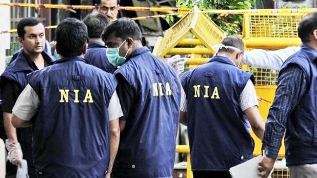 BJP MLA Debendra Nath Ray dies, बंगाल में बीजेपी MLA देबेंद्र नाथ का शव रस्सी से लटका मिला, पार्टी और परिवार को मर्डर का शक