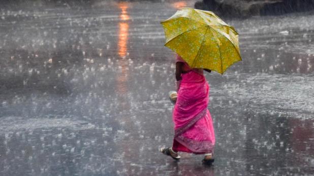 flood situation in many villages of Bihar, Bihar में भारी बारिश से कई गांवों में बाढ़ के हालात, स्टेट हाईवे पर भी भरा पानी