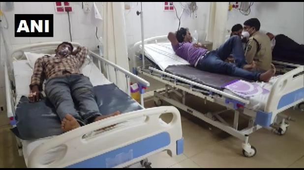 Vizag fire in tanker of pharma company after blast, Vizag: फार्मा कंपनी के टैंकर में ब्लास्ट के बाद लगी भीषण आग, चार लोग घायल