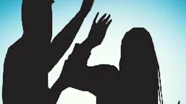 A student committed suicide in Nellore, छात्रा ने LIVE वीडियो बनाकर की खुदकुशी, परिजनों ने क्लासमेट्स पर लगाया आरोप