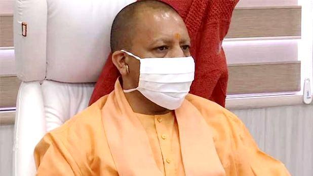 CM Ashok Gehlot residence, Rajasthan Political Crisis: शक्ति प्रदर्शन के बाद होटल भेजे गए गहलोत खेमे के विधायक