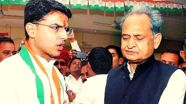 Rajasthan political crisis, 30 MLA बागी खेमे में! हाईकमान ने माकन-सुरजेवाला को भेजा, पढ़ें पूरा घटनाक्रम