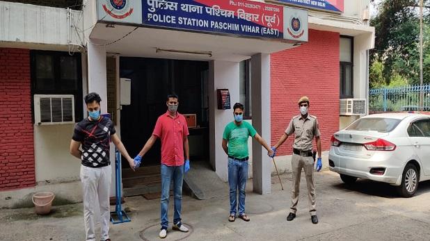 police busted rave party west delhi, दिल्ली पुलिस ने रेव पार्टी का किया भंडाफोड़, 7 लड़कियों समेत 31 लोग गिरफ्तार