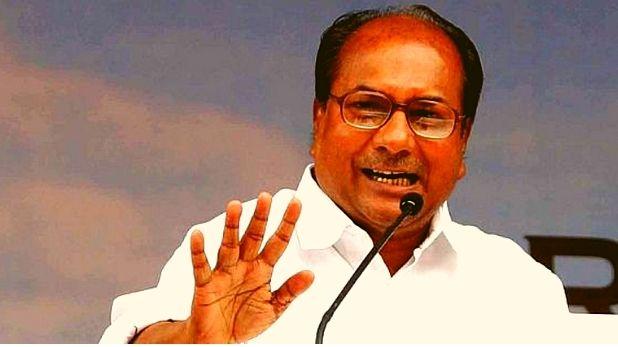 Prakash Javadekar, VIDEO: तीन तलाक बिल को केंद्रीय कैबिनेट ने दी मंजूरी, J&K में 6 महीने के लिए बढ़ा राज्यपाल शासन