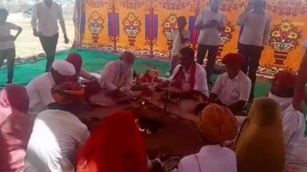Nripendra Misra, राम मंदिर निर्माण समिति के अध्यक्ष नृपेंन्द्र मिश्रा पहुंचे लखनऊ, सीएम योगी से की मुलाकात