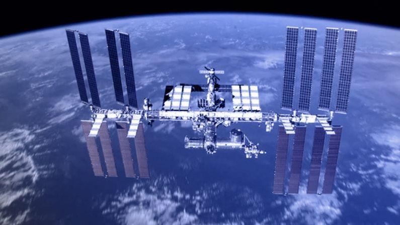 अंतरिक्ष में स्पेस स्टेशन बना रहा चीन, क्रू मिशन के लिए Astronauts को  ट्रेनिंग देने में जुटा 'ड्रैगन' | China establishing Space Station in orbit  astronauts training crewed flights ...