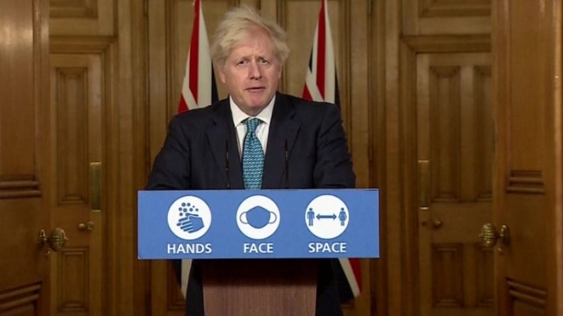 Khaskhabar/म्यांमार (Myanmar) में इस समय हालात बेहद खराब हैं. जिसपर संयुक्त राष्ट्र (United Nations) सहित दुनिया के कई देशों ने चिंता जताई है. अब ब्रिटेन (Britain) ने म्यांमार में रहने वाले अपने नागरिकों के लिए एक एडवाइजरी जारी की है. म्यांमार में ब्रिटेन के दूतावास की ओर से कहा गया है, 'म्यांमार में ब्रिटिश