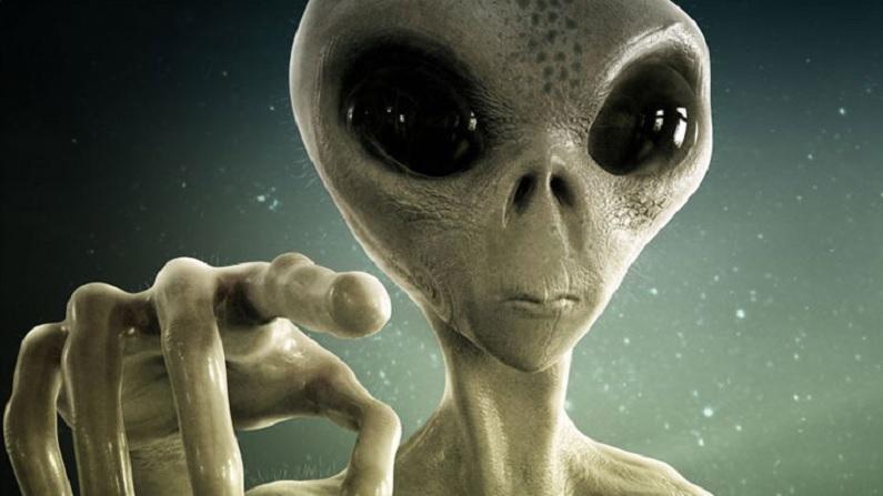 क्या इंसानों से मिलने को बेताब हैं एलियंस ? बार-बार मिल रहे ये सिग्नल कर  रहे इशारा |aliens are sending signals to humans