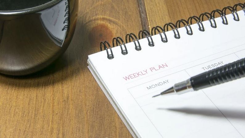 Bank Holidays: For 8 consecutive days this month banks will be closed, tackle your urgent work soon