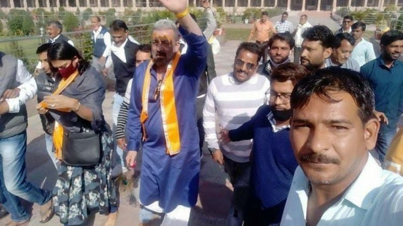 Sanjay Dutt Reached Sawalia Ji For Darshan At Udaipur Rajasthan 2