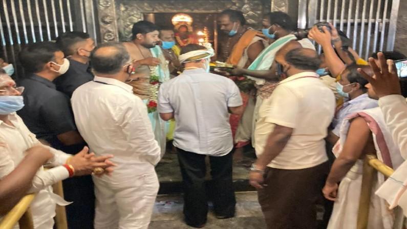 Rahul Gandhi Visits Arulmigu Nellaiappar Temple 1