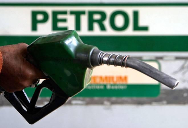 Petrol Diesel Price: लगातार सातवें दिन पेट्रोल-डीजल की कीमतों में लगी आग, जानिए अपने शहर के रेट