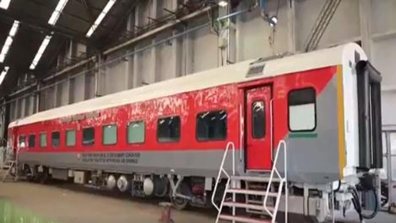 ट्रेन में भी प्लेन जैसा सफर! अब सिर्फ राजधानी नहीं, साधारण AC डिब्बे में भी मिलेंगी ये सुविधाएं