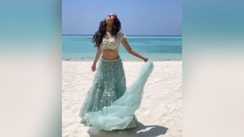Shraddha Kapoor On Beach