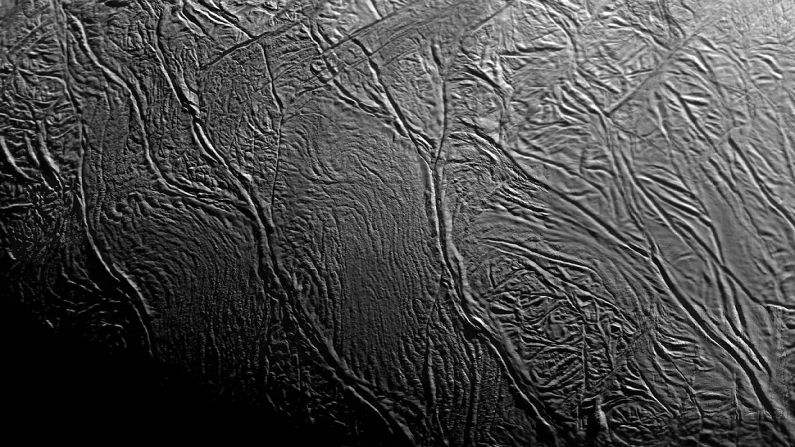 Strisce di tigre, Encelado